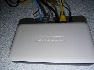 Wie wil uitbreiden kan een switch gebruiken. Deze Sitecom is geschikt voor gigabit.