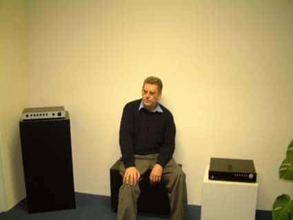 Ad van Medevoort, AudioArt, is sinds 1985 zelfstandig hifi-producent, maar was ruim daarvoor ook al bezig met studiowerk en opnametechnieken bij onder andere AKG en Denon. Hij produceert met een ruim team een complete lijn producten die van netsnoeren en ?filters tot luidsprekers en cd-spelers loopt. Bovendien modificeert AudioMart onder de naam Van Medevoort, regelmatig bestaande spelers voor Marantz, Sony, Philips en  Luxman.