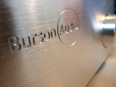 Burson Audio werkt de Audio Buffer 160 perfect af. Wat een mooi frontje!
