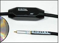 De Digital Reference van MIT beschikt net als alle MIT-kabels over een schakeling in de kabel.