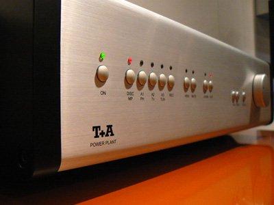 De Power Plant van T+A. De versterker heeft een bijzonder hybride PWM-circuit.