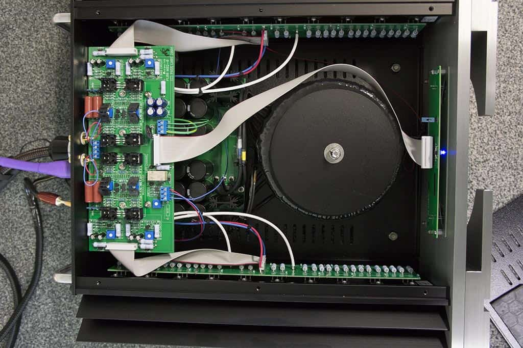 Pass Labs XA30-5 binnenkant
