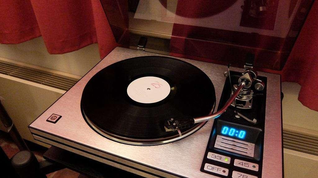 Adele Vinyl (2)